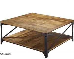 سبک صنعتی از چوب و فلز تشکیل شده که ظاهری ترسناک و خشن دارد و یاد آور اجزای صنعتی نیز میباشد