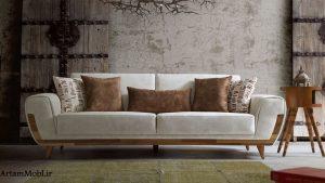 تعداد مبل آملیا 7 نفره میباشد که دو کاناپه سه نفره میباشد و یک مبل تکی
